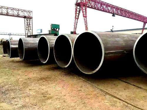 亚博官方-直径762mm出口直缝钢管